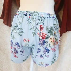 Breezy floral shorts
